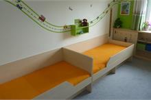 Dětský pokoj limetka-postele