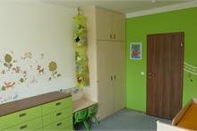Dětský pokoj limetka-komoda