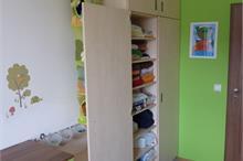 Dětský pokoj limetka-otvírání dveří