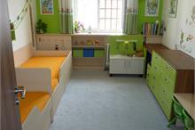Dětský pokoj limetka-pohled od dveří