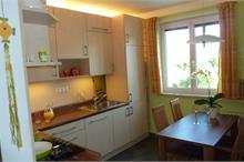 Klasická kuchyň - s oknem