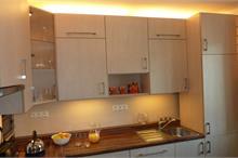 Klasická kuchyň - pracovní deska s dřezem