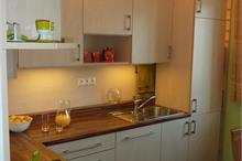 Klasická kuchyň - vestavěná lednice