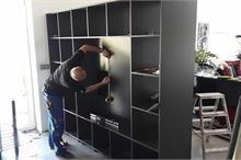 Knihovna a TV stěna - montáž