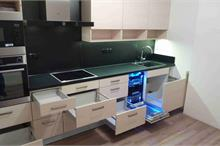 Kuchyň jasan - šuplíky