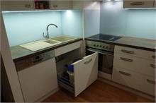 Kuchyň - lakobel tyrkys