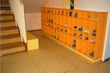 Školka - oranžový botník