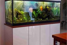 Skříň na vestavěné akvárium