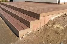 Terasa z dřevoplastového kompozitu - schody
