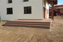 Terasa z dřevoplastového kompozitu WPC