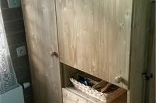 Úložná skříň do koupelny - detail