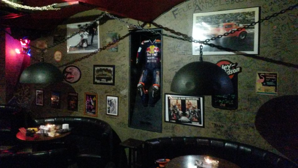 Dekorace do Harley's baru
