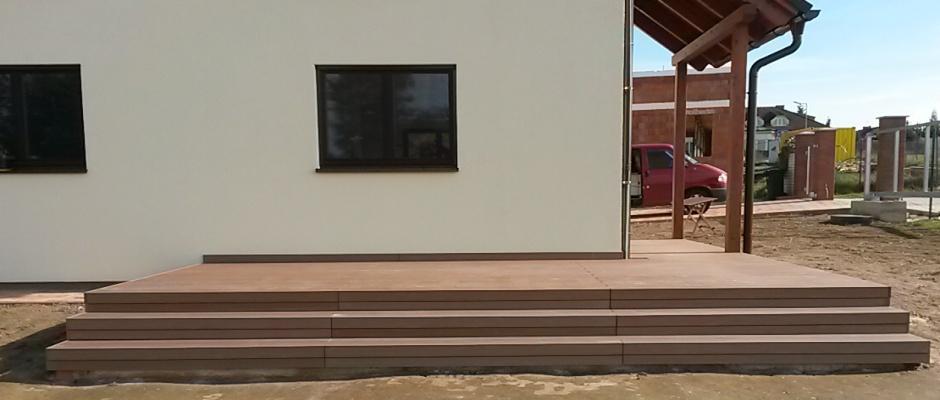 Terasa z dřevoplastového kompozitu