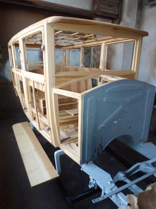 Restaurování dřevěných oken veterána