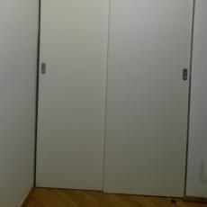 Šoupací dveře do šatny